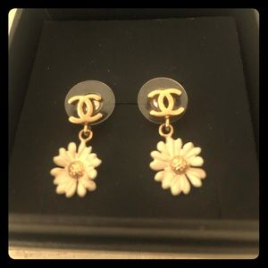 Authentic Chanel daisy stud earrings